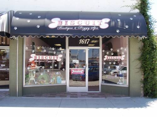 Image of Biscuit Boutique & Doggy Spa, LLC which provides dog boarding in or near Bakersfield, CA